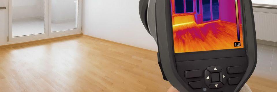 Zowel isolatiechips als isolatieschelpen maken de kruipruimte warmer en droger waardoor de bovengelegen woning warmer wordt